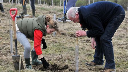 Volunteers at the community tree planting day (photo: Ron Poulter)