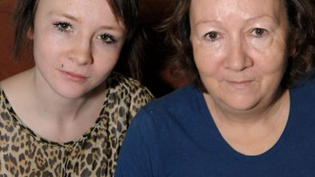 Annalise Stone with her mum Lee Linwood