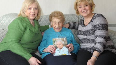 Pauline Shoop celebrates her 100th birthday with her daughters Jacqui Federman, left and Sheryl Haki