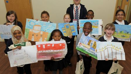 Drew Primary School competition winners with Jeff Clegg from Crossrail