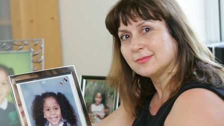 Elli Galvani with a picture of her daughter Eden