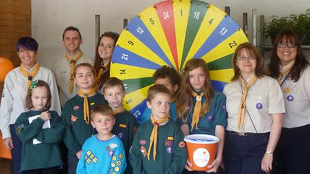 Nearly £500 was raised by the 2nd Romford Scout Group in memory of a former leader who died from bow