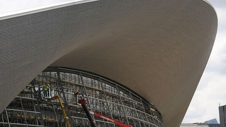 Glass being installed on the Aquatics Centre