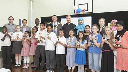 Newham Mayor Sir Robin Wales and Councillor Quintin Peppiatt with children from Elmhurst, Park and T