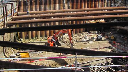 Crossrail engineers strengthened, widened and deepend the Connaught Tunnel so that it could accommod