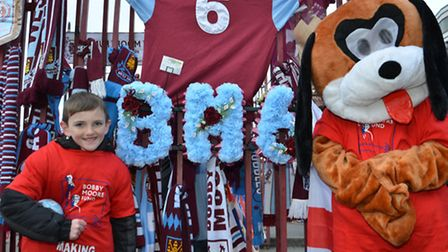 Jonjo with a mascot at Upton Park
