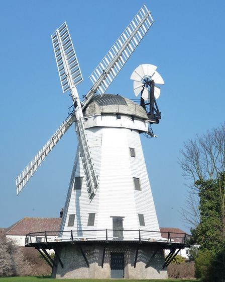 By 1818 Upminster windmill had a Boulton and Watt steam engine