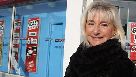 Cllr Ruth Clark wants the Government to take action on betting machines and for the council to estab