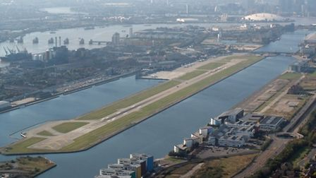 London City Airport has donated �5,000 to the homeless charity Crisis