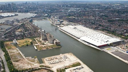 Stories of life on and by the Royal Docks are being sought by a theatre company