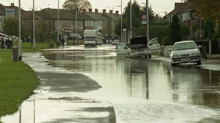 The River Roding flood in 2000 caused widespread disruption