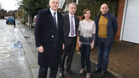 MP Iain Duncan Smith met with residents of Glengall Road in Woodford Green to discuss problems outsi