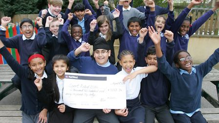 Chadwell primary school pupils with their cheque