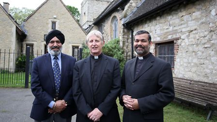Peter Hill (middle) with Mayor of Barking Cllr Hardial Singh Rai (left) and Archdeacon John Perumbal