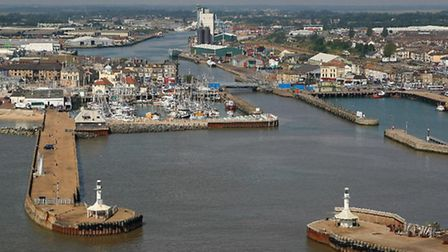 Lowestoft harbour and bascule bridgePhoto: Mike Page
