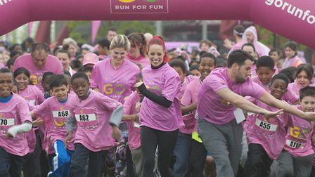 It's a bustling start as the young runners and celebrities set off on their fun run. Pic: Ken Lennox