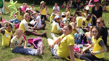 Beckton Brownies in Chigwell Row Campsite