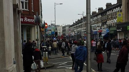 Cranbrook bomb scare. Picture: @anisislam_is