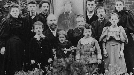 The Cearns family circa 1896 with father Jimmy and mother Elizabeth. Fred, aged seven, is in the fr