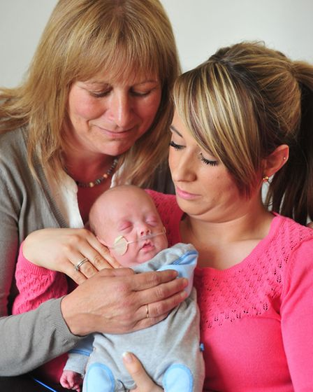 Chloe Taylor is now back home with her baby son Logan. Her baby was born two months early. Grandmot