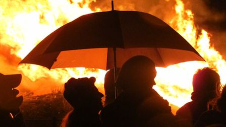 Even rain won't spoil Bonfire Night planned in Stratford's East Village [photos: Mike Brooke]