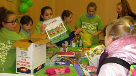 Wohl Ilford Jewish Primary School pupils getting involved in Mitzvah Day 2013.