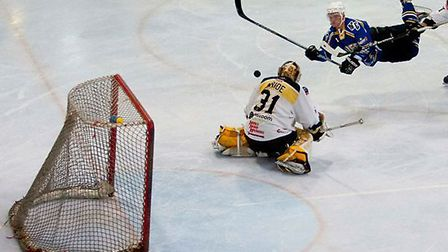 London Raiders debutant Alan Lack goes airborne against Bracknell (pic: John Scott)
