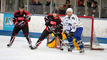 London Raiders defenceman Phil Manny tries to protect his own net against Milton Keynes (pic: John S