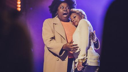 Superfan Rana is embraced her idol, r'n'b legend Mary J Blige. Picture: Andrew Whitton