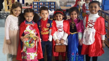 Portway Primary School pupils Sonali, Isabella and Yasir, all five, Hadia, four, and Jayarti and Tia