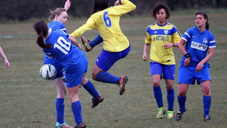 Charlotte Lynch in action for Eastern Avenue (pic: Paul Hynes)