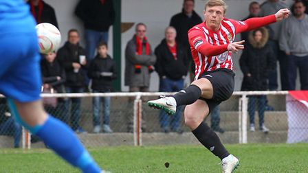 George Purcell put Hornchurch ahead against Peacehaven & Telscombe (pic: TGSPHOTO)