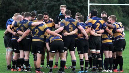 Upminster players huddle together before one of their matches (Pic: Alex Fisher)