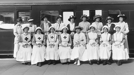 Nurses by an ambulance train, 1916 (picture: National Railway Museum)