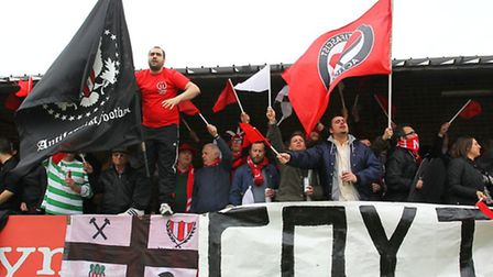 Clapton's fans show their support (pic: Gavin Ellis/TGSPHOTO)