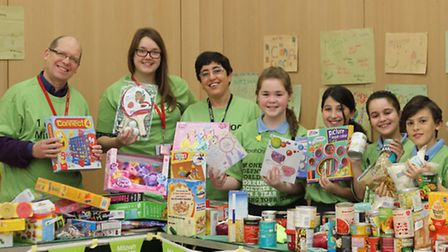 Recorder staff join Wohl Ilford Jewish Primary School for Mitzvah Day. Picture: Ajay Nair