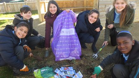 Children at Wohl Ilford Jewish Primary School, Forest Road, Barkingside, cleaning for the Queen's 90