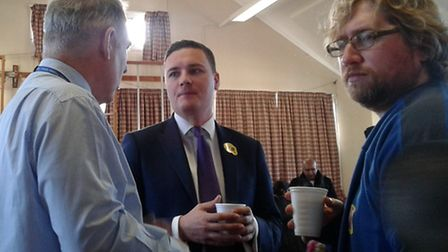 Ilford North MP Wes Streeting chatting over breakfast Picture: Gearies Primary School