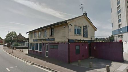 The fight that claimed Edward Stokes' life began in this Newham pub (Photo: Google StreetView)