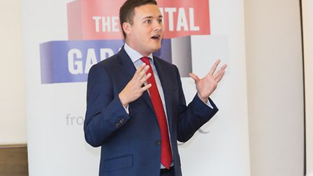 Pictured: Wes Streeting MP speaking at the Google business seminar in Fulwell Cross Library in Barki