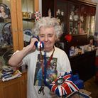 Royalist fan Lil Forkner proudly shows off her working Union Jack phone