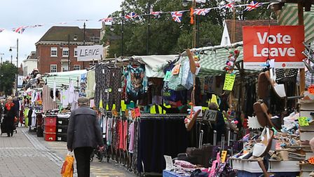 Romford Market stall holders pictures this week.