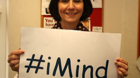 Julia Turner with the #iMind sign