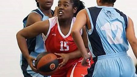 Sade Orija in action for London Youngbloods Amazons (pic Gary Lawrence)