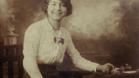 Rose Roberts saw her sister Elizabeth's ghost at the time of her death in the Silvertown explosion.