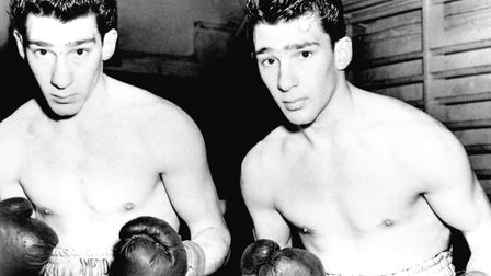 Alan grew up with the Kray twins Ronnie and Reggie, who like him enjoyed boxing in their youth. Pict