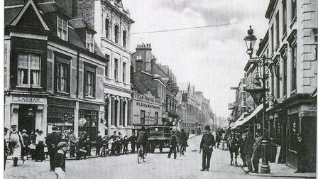 A busy corner by the Golden Lion in 1906. Picture: A Century of Romford by Brian Evans