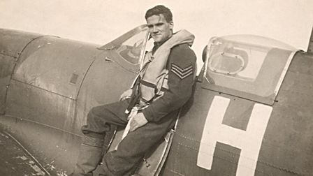 """Pilot Harold Bennett, who was shot down in 1941 and described his treatment as """"absolutely first cla"""