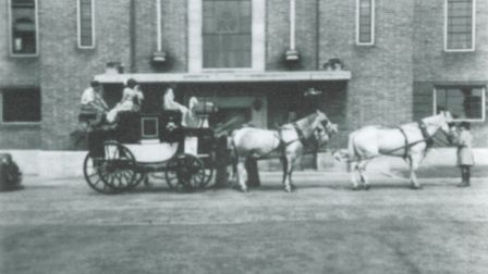 Stagecoaches were replaced by the horse-drawn omnibus which could carry more people and was quicker.