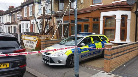Police at Wingate Road this morning (credit: Ken Mears)